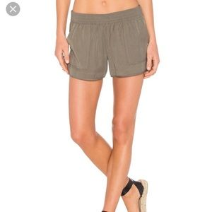 Joie Beso Shorts in Green